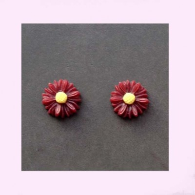 Tiny Burgundy Daisy Earrings