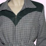 Ski Two Tone Green Houndstooth & Cord top half