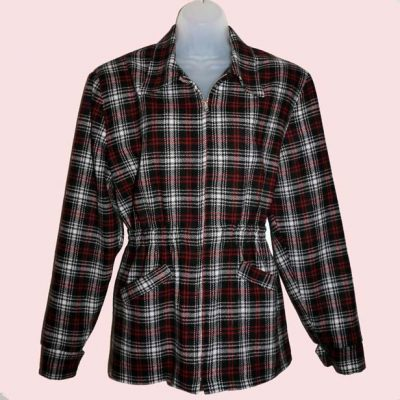 ski-jacket-black-red-tartan