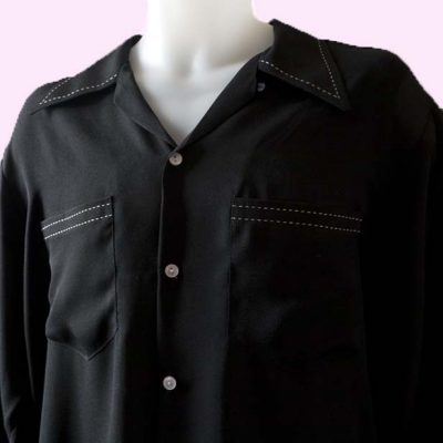 gab-shirt-black-with-no-pocket-flap-stitching-close
